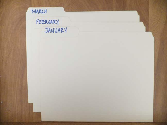 paper-organizing-file-folders