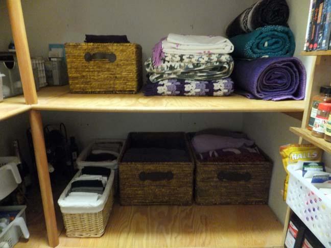 Organize_closet_after_linens_web