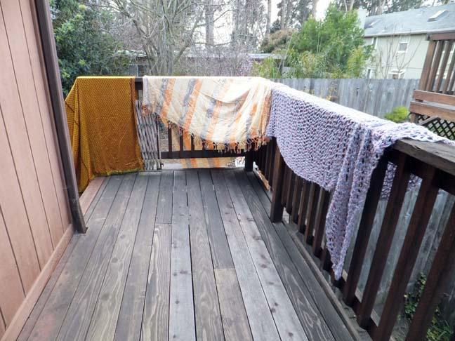 Organize_closet_blankets_web